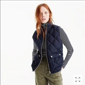 J. Crew Excursion quilted down navy blue vest